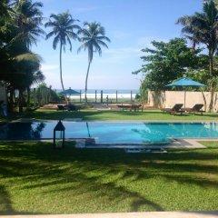 Отель Elephant Stables Weligama Bay бассейн