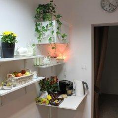 Отель Kolorowa Guest Rooms питание