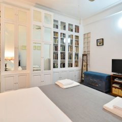Апартаменты Plaka Elegant Apartment комната для гостей фото 3