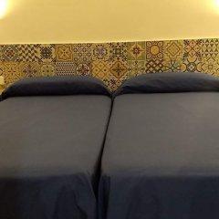 Отель Hostal Baler Испания, Барселона - отзывы, цены и фото номеров - забронировать отель Hostal Baler онлайн бассейн