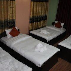 Отель Travellers Dorm Bed & Breakfast Непал, Катманду - отзывы, цены и фото номеров - забронировать отель Travellers Dorm Bed & Breakfast онлайн комната для гостей фото 2