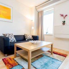 Отель Apartdirect Hammarby Sjostad Стокгольм комната для гостей