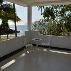 Апартаменты Coconut Bay Penthouse Apartment Ланта балкон