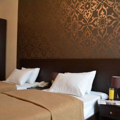 Hotel City комната для гостей