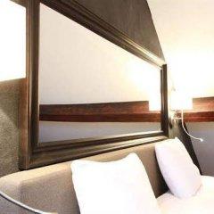 Отель Smartflats Victoire Terrace сейф в номере