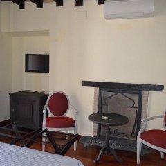 Отель Palacio de Mariana Pineda удобства в номере