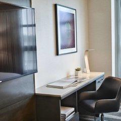 Отель Renaissance Los Angeles Airport Hotel США, Лос-Анджелес - 8 отзывов об отеле, цены и фото номеров - забронировать отель Renaissance Los Angeles Airport Hotel онлайн удобства в номере