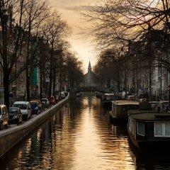 Отель Holiday Inn Express Amsterdam - South Нидерланды, Амстердам - 13 отзывов об отеле, цены и фото номеров - забронировать отель Holiday Inn Express Amsterdam - South онлайн приотельная территория фото 2