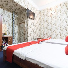 Отель RedDoorz near Tan Son Nhat Airport 3 комната для гостей