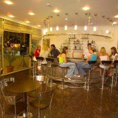 Отель Kleopatra Royal Palm Аланья гостиничный бар