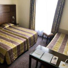 Отель Le Cardinal Париж комната для гостей фото 3