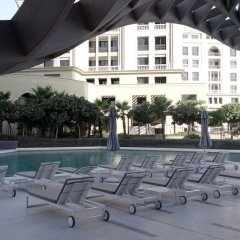 Отель Signature Holiday Homes Dubai бассейн
