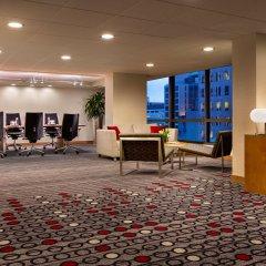 Отель Hyatt Regency Vancouver Канада, Ванкувер - 2 отзыва об отеле, цены и фото номеров - забронировать отель Hyatt Regency Vancouver онлайн интерьер отеля фото 3