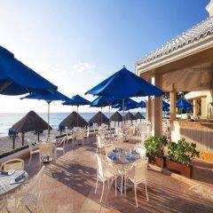 Отель The Ritz-Carlton Cancun бассейн фото 2