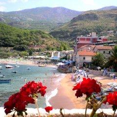 Отель Springs Черногория, Будва - отзывы, цены и фото номеров - забронировать отель Springs онлайн пляж фото 2