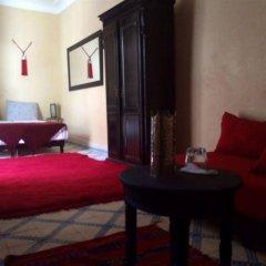Отель Riad Sarah et Sabrina Марокко, Марракеш - отзывы, цены и фото номеров - забронировать отель Riad Sarah et Sabrina онлайн комната для гостей