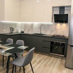 Апартаменты Hosthub Apartment On Shatberashvili Str Тбилиси в номере