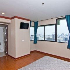 Отель Baiyoke Suite Hotel Таиланд, Бангкок - 3 отзыва об отеле, цены и фото номеров - забронировать отель Baiyoke Suite Hotel онлайн удобства в номере фото 2