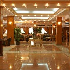 The Club Golden 5 Hotel & Resort интерьер отеля