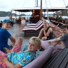Отель Apricot Premium Cruise бассейн
