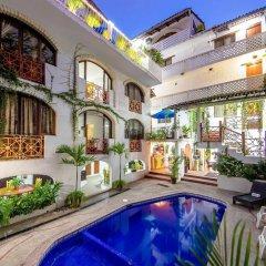 Hotel Hacienda de Vallarta Centro бассейн