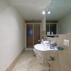 Отель Lion 1 Италия, Венеция - отзывы, цены и фото номеров - забронировать отель Lion 1 онлайн ванная
