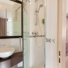 The Originals Hotel Paris Montmartre Apolonia (ex Comfort Lamarck) ванная