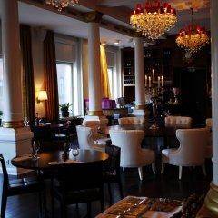 First Hotel Grand гостиничный бар