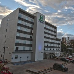 Отель Holiday Inn Express Tegucigalpa парковка