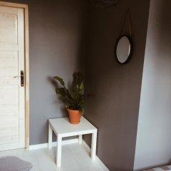 Отель Lucka Rooms - Sound of Silence B24.6 Польша, Варшава - отзывы, цены и фото номеров - забронировать отель Lucka Rooms - Sound of Silence B24.6 онлайн комната для гостей