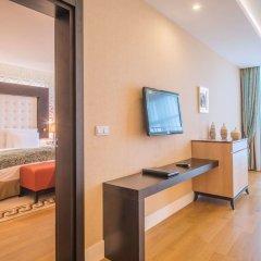 Отель Pullman Baku Азербайджан, Баку - 6 отзывов об отеле, цены и фото номеров - забронировать отель Pullman Baku онлайн удобства в номере фото 2