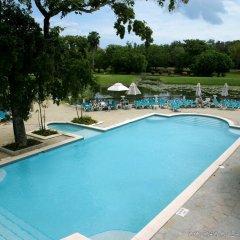 Отель Victoria Resort Golf & Beach бассейн