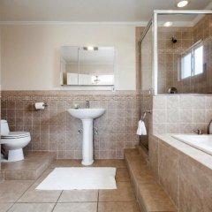 Отель San Vicente 4 Bedroom House By Redawning США, Лос-Анджелес - отзывы, цены и фото номеров - забронировать отель San Vicente 4 Bedroom House By Redawning онлайн ванная фото 2