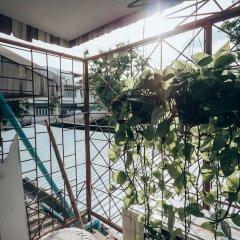 Отель Haus Sathorn 11 Bed & Breakfast Бангкок балкон