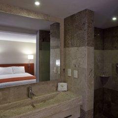 Отель City Express Buenavista сауна