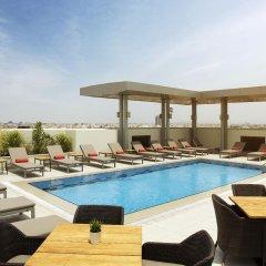 Отель Centro Salama Jeddah by Rotana бассейн