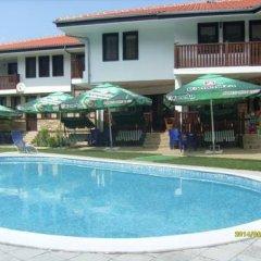 Отель Aleksandrina Болгария, Сливен - отзывы, цены и фото номеров - забронировать отель Aleksandrina онлайн бассейн