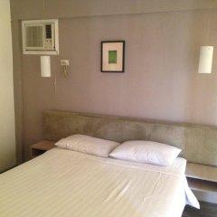 Отель Villas At The Enclave Филиппины, Пампанга - отзывы, цены и фото номеров - забронировать отель Villas At The Enclave онлайн комната для гостей фото 2