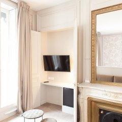 Отель Hôtel Vaubecour Франция, Лион - отзывы, цены и фото номеров - забронировать отель Hôtel Vaubecour онлайн сейф в номере