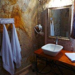 Canyon Cave Hotel ванная фото 2