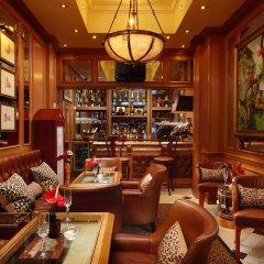 Отель Rubens At The Palace гостиничный бар