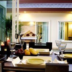 Отель Karon Beach Walk Villa питание