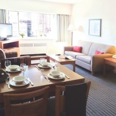 Отель Greenbrier Hotel Канада, Ванкувер - отзывы, цены и фото номеров - забронировать отель Greenbrier Hotel онлайн комната для гостей фото 2