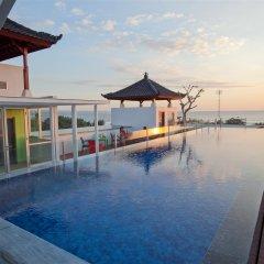 Отель Best Western Kuta Beach бассейн фото 3