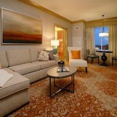 Riverwalk Casino Hotel комната для гостей