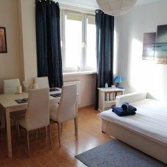 Отель Blue Books Apartments Польша, Варшава - отзывы, цены и фото номеров - забронировать отель Blue Books Apartments онлайн комната для гостей фото 5
