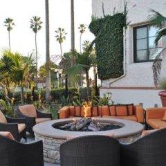 Отель Santa Barbara House интерьер отеля фото 3