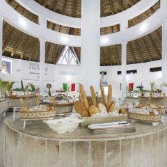 Отель Be Live Experience Hamaca Garden - All Inclusive Бока Чика интерьер отеля