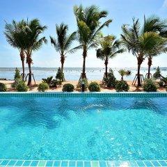 Отель Golden Dragon Beach Pattaya Таиланд, Бангламунг - отзывы, цены и фото номеров - забронировать отель Golden Dragon Beach Pattaya онлайн бассейн