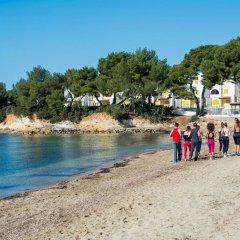 Aguas de Ibiza Grand Luxe Hotel пляж